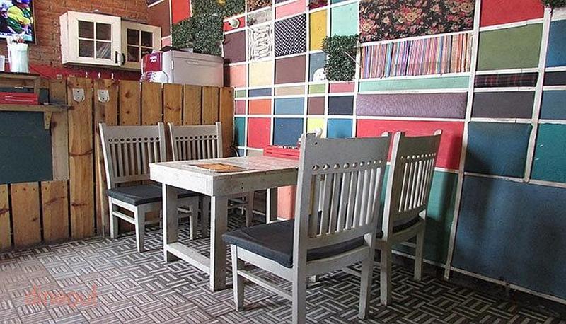 Wood Box Cafe Hudson Lane
