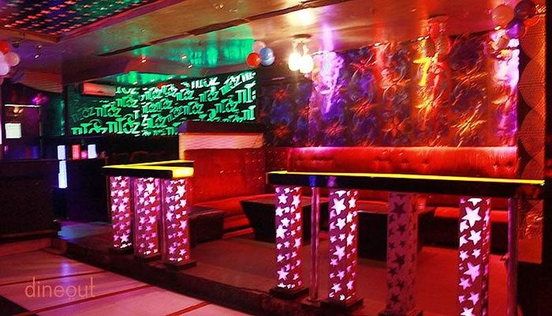 Titoz Lounge Rajouri Garden