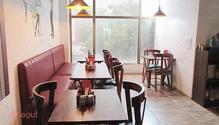 Creme Castle restaurant