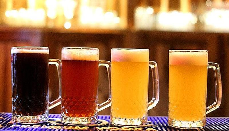 7 Barrel Brew Pub DLF Golf Course Road