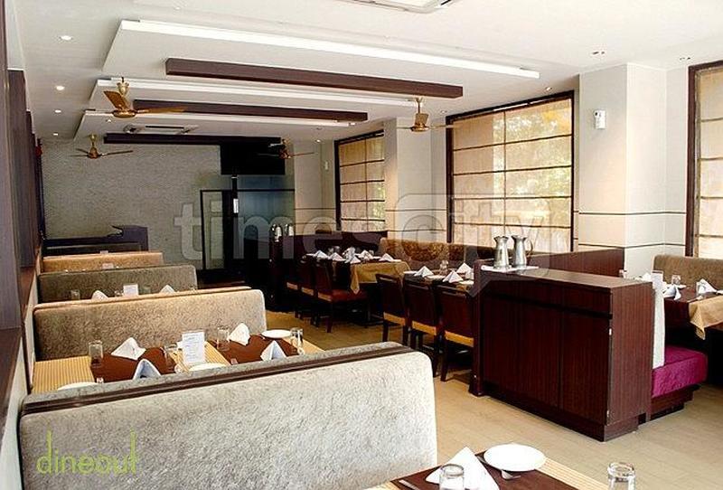 Silver Bay Premium Resto Bar Akurdi