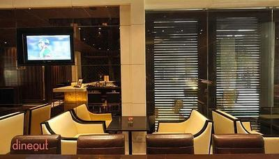 G Bar - The Grand New Delhi