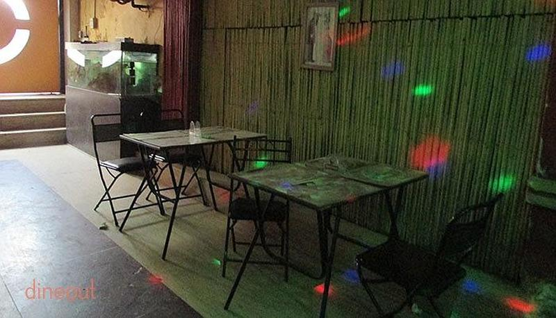 White Heart Resto Bar Paharganj