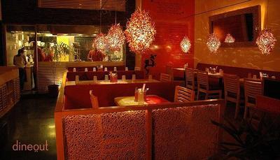 Chi Kitchen & Bar