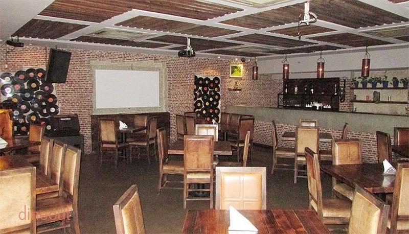Harry's Karaoke Lounge Bar Khel Gaon