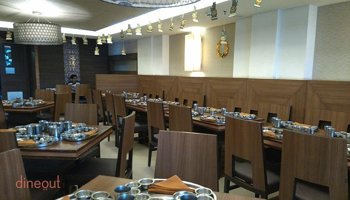 Top 10 gujarati restaurants in kolkata dineout for Assamese cuisine in bangalore
