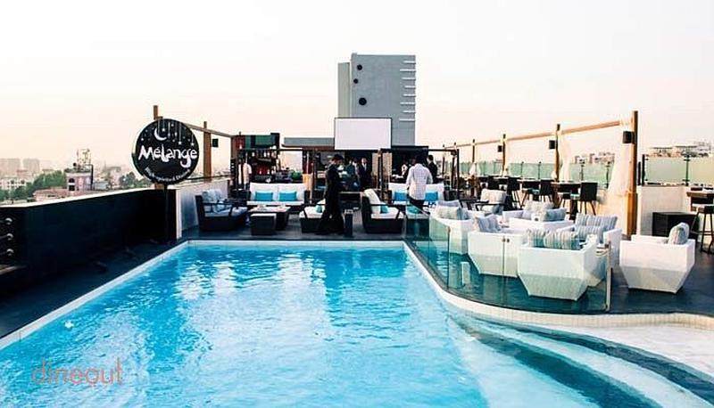 Melange - Seasons Apartment Hotel  Aundh