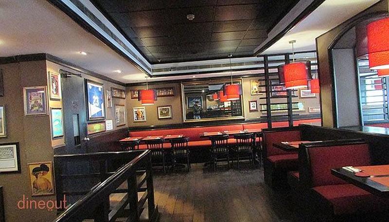 Americana Kitchen and Bar Saket