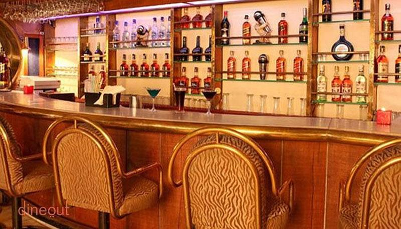 Saqi Bar Connaught Place
