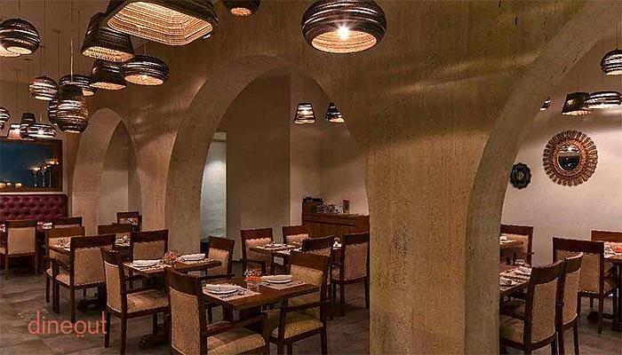 Top 10 romantic restaurants in bangalore dineout for 13th floor bangalore phone number